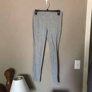 NWOT SO Cable Knit Grey Leggings Medium
